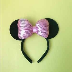 🆕🌻Minnie Mouse Ears With Shimmer